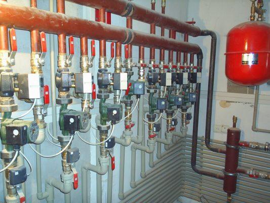 Монтаж труб отопления